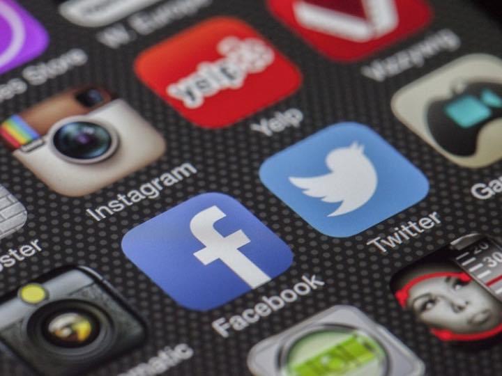 shares auf social media